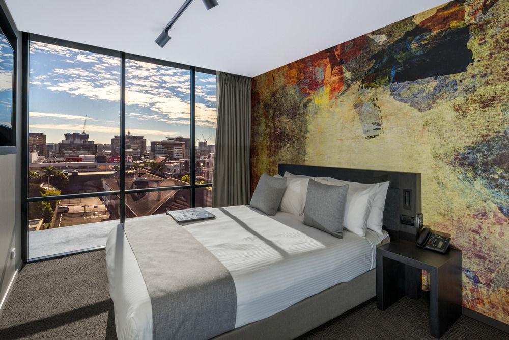Mantra Richmont Brisbane - Hotel Room